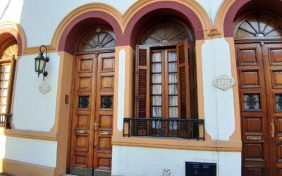 HERMOSO PH 4 AMB EN 2 PLTAS – QUINCHO – PARRILLA – G. ELECTROGENO – 182 m2